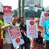Bantu Petani, Kader PKS 'Jualan' Tomat di Car Free Day