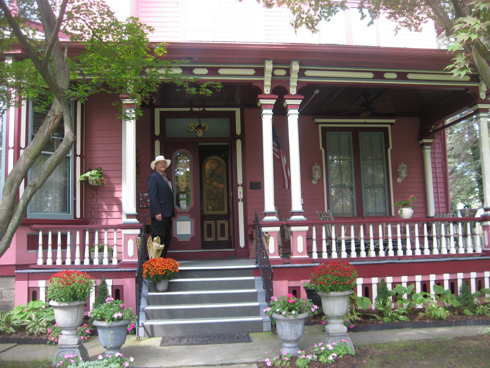 Elmira S Painted Lady Bed And Breakfast