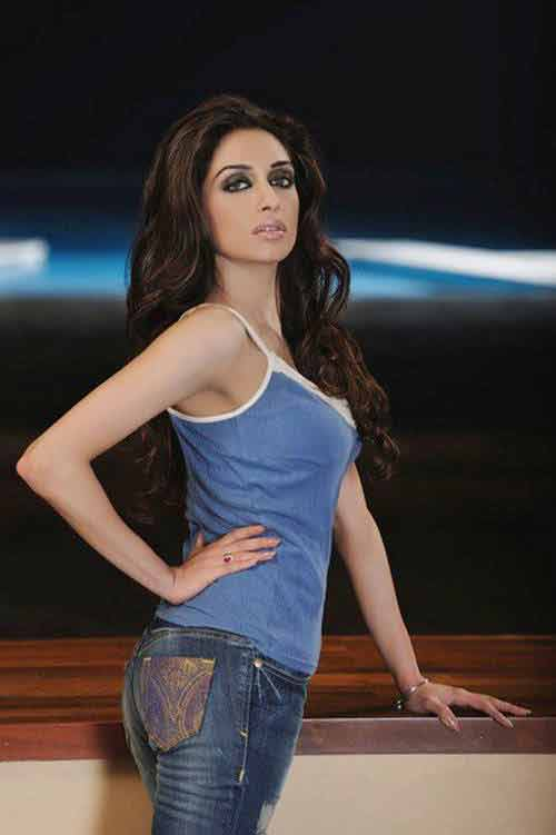 Pakistani Girls Hot Fashion Jeans and Shirts Wearing