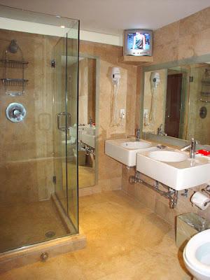 creative juice: tubs vs. showers