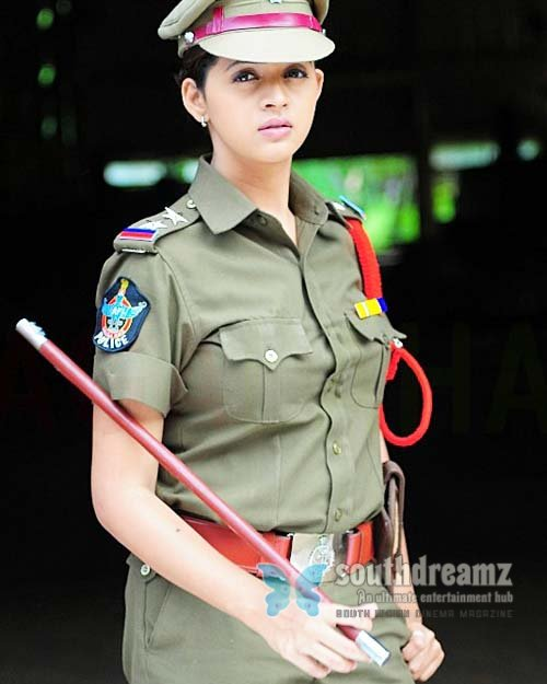 SouthIndian Actress Gallery: actress-bhavana-in-police ...