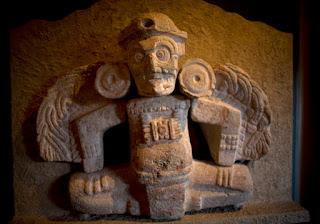 Seres alados, ángeles y mensajeros del Xibalbá. Pueblos Antiguos. Mesoamérica.