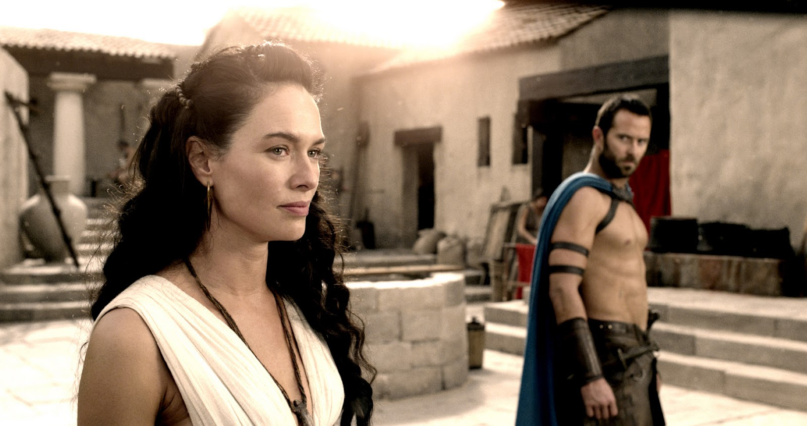 300: Rise of an Empire - Lena Headley as Queen Gorgo & Sullivan Stapleton as Themistokles