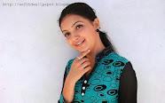 Saranya Mohan HD Wallpapers
