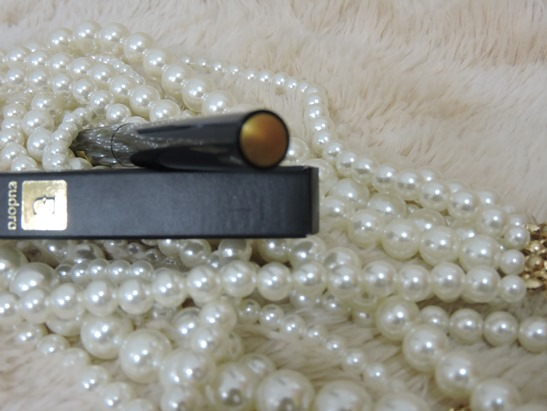 Resenha - Eudora Royal Liner - Dourado