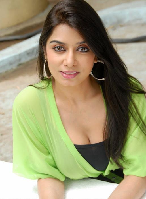 neha mitra - page 2 movie spicy actress pics