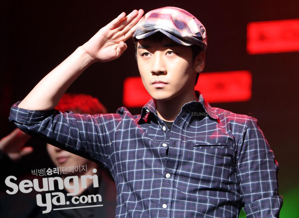 seungri big bang. Tweet Seungri @ Lush Concert