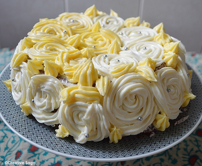 Cake With Icing In It : Simple chocolate cake with white roses frosting -- Simple ...
