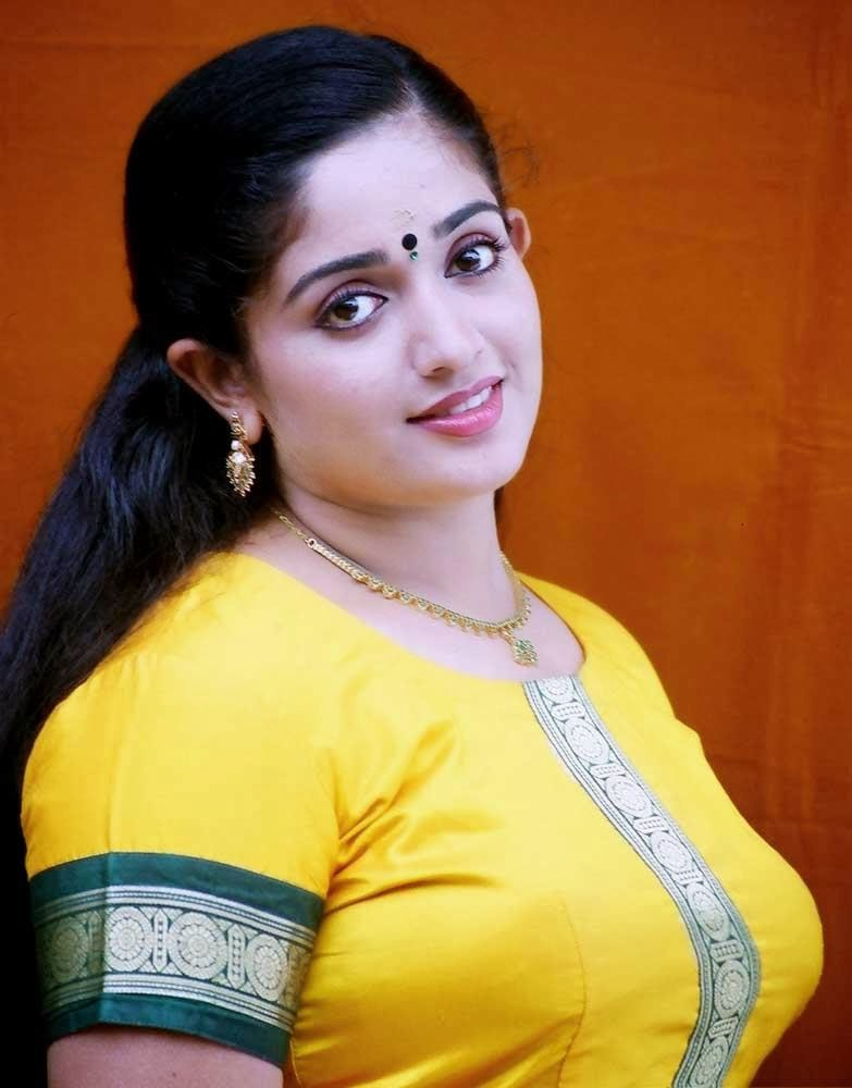 malayalam actress kavya madhavan hot rare navel show in transparent ...