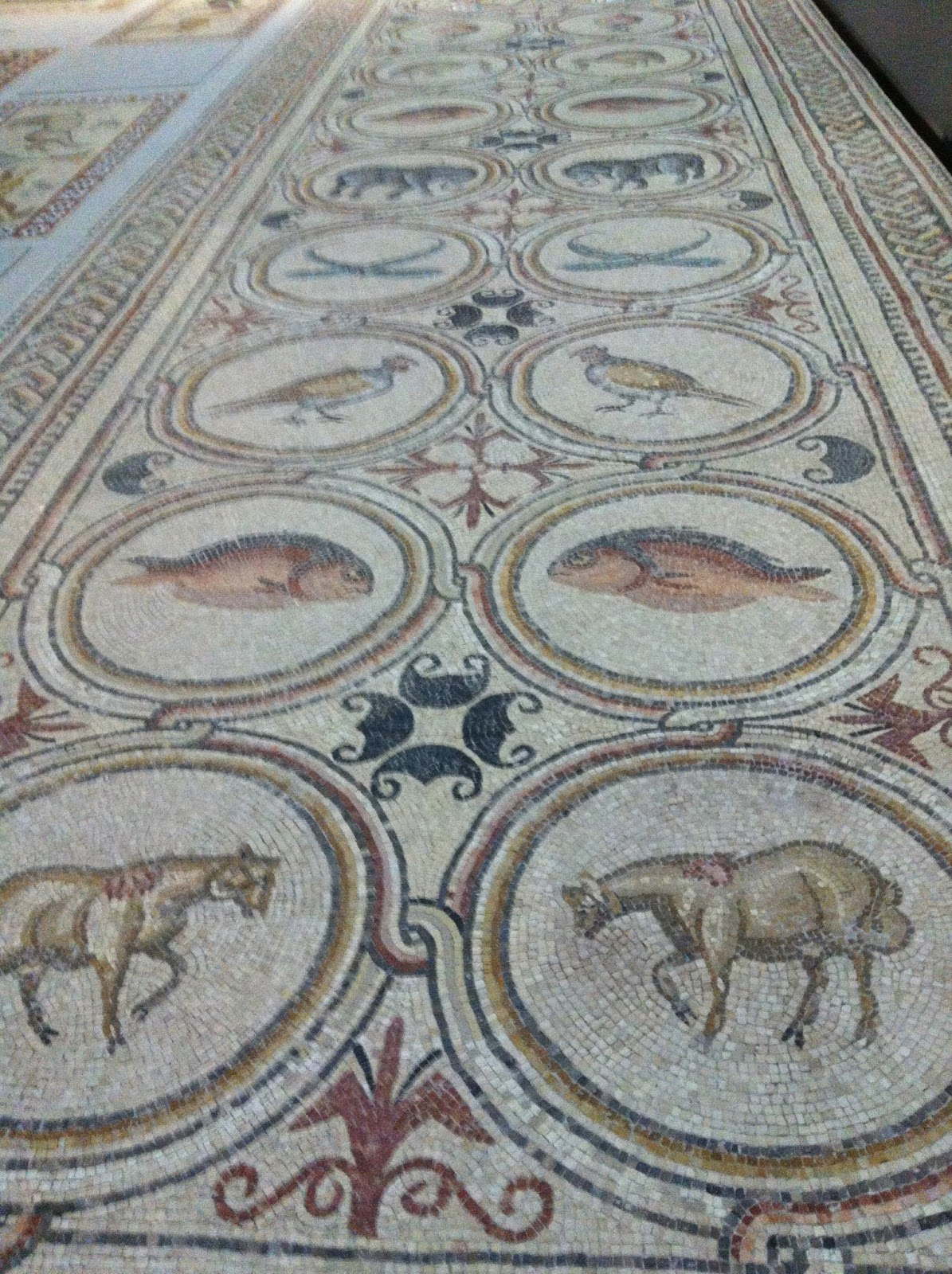 The tiles of ottoman turkey and the mosaics of byzantium part one roman mosaic pavement from the louvre dailygadgetfo Gallery