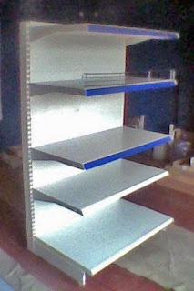 Фото торговые стеллажи, горки, выставочное оборудование