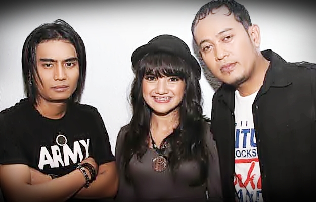 setia band charly