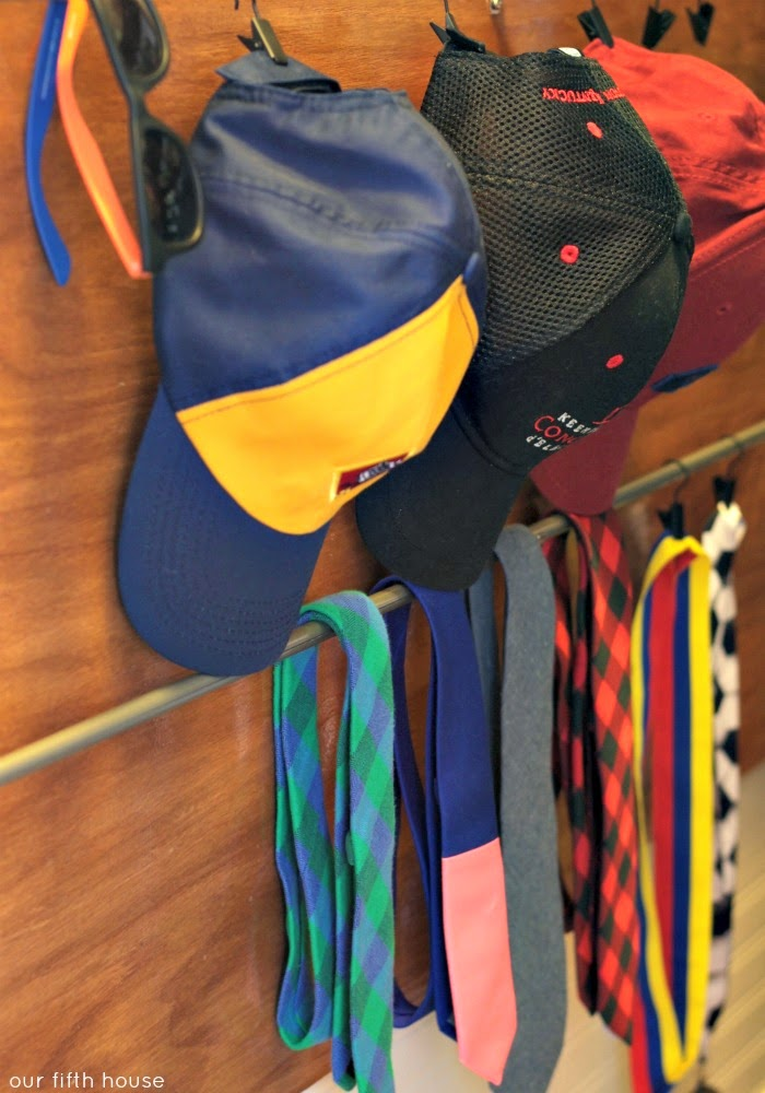 baseball hat and tie storage