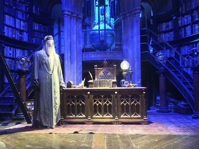 The Making of Harry Potter - Dumbledore's Office