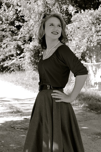 Flashback Summer: Friend Vintage Photoshoot- Part 1, 1950s