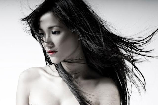 Maya – Vietnamese Singer