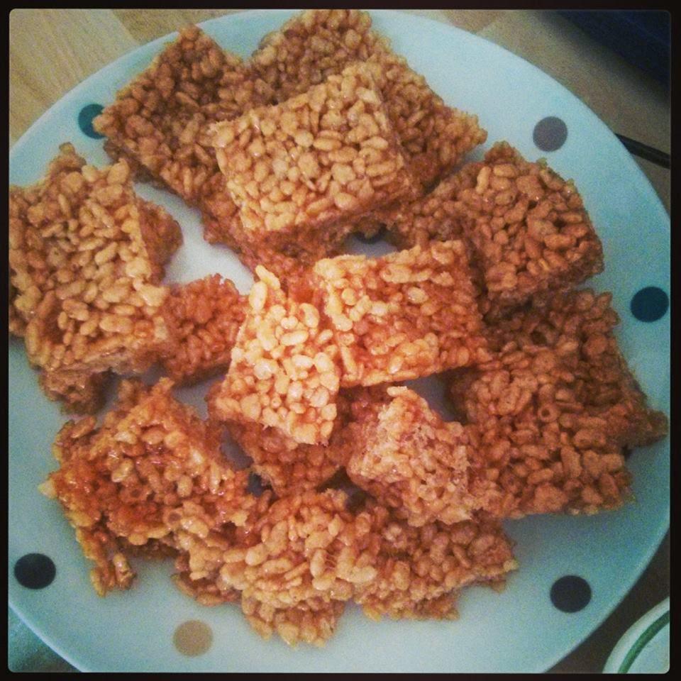 Rice krispie squares and chocolate victoria sponge recipe for Chocolate sponge ingredients