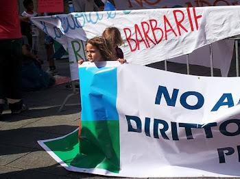 Cagliari 8 giugno 2013 - bambine e bambini rom difendono il diritto alla scuola