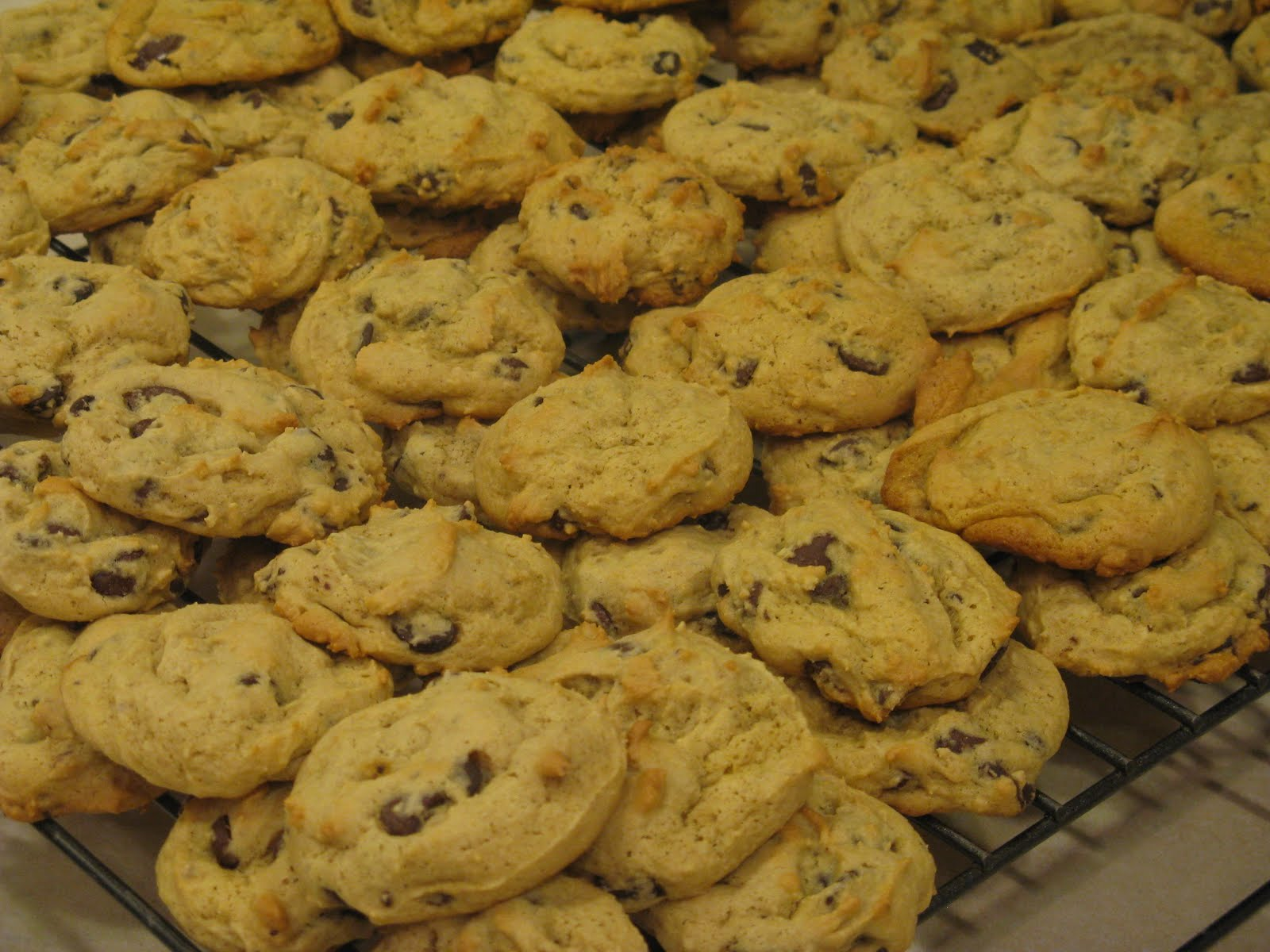 Tricks.Treats.Yummy Eats: Pudding Chocolate Chip Cookies