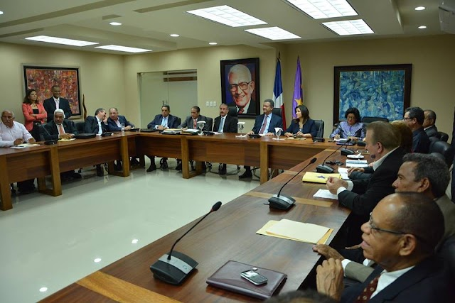 PLD forma comisiones tratar sobre los pactos y candidaturas elecciones 2016