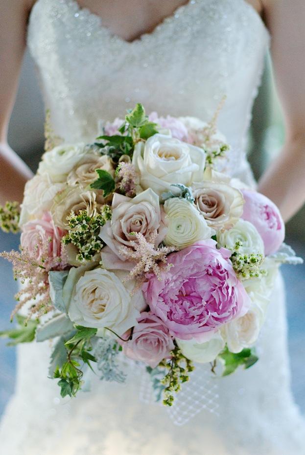 La Fleur Vintage Romantic Peony Bridal Bouquet