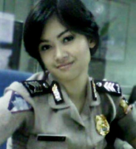 Hot Foto Polisi Cantik Indonesia
