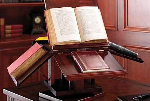 ... Thomas Jefferson's Book Stand Was an Early Version of Computer Tabs