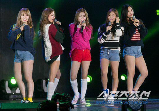 Check out Red Velvet's photos from their latest performance at the ...