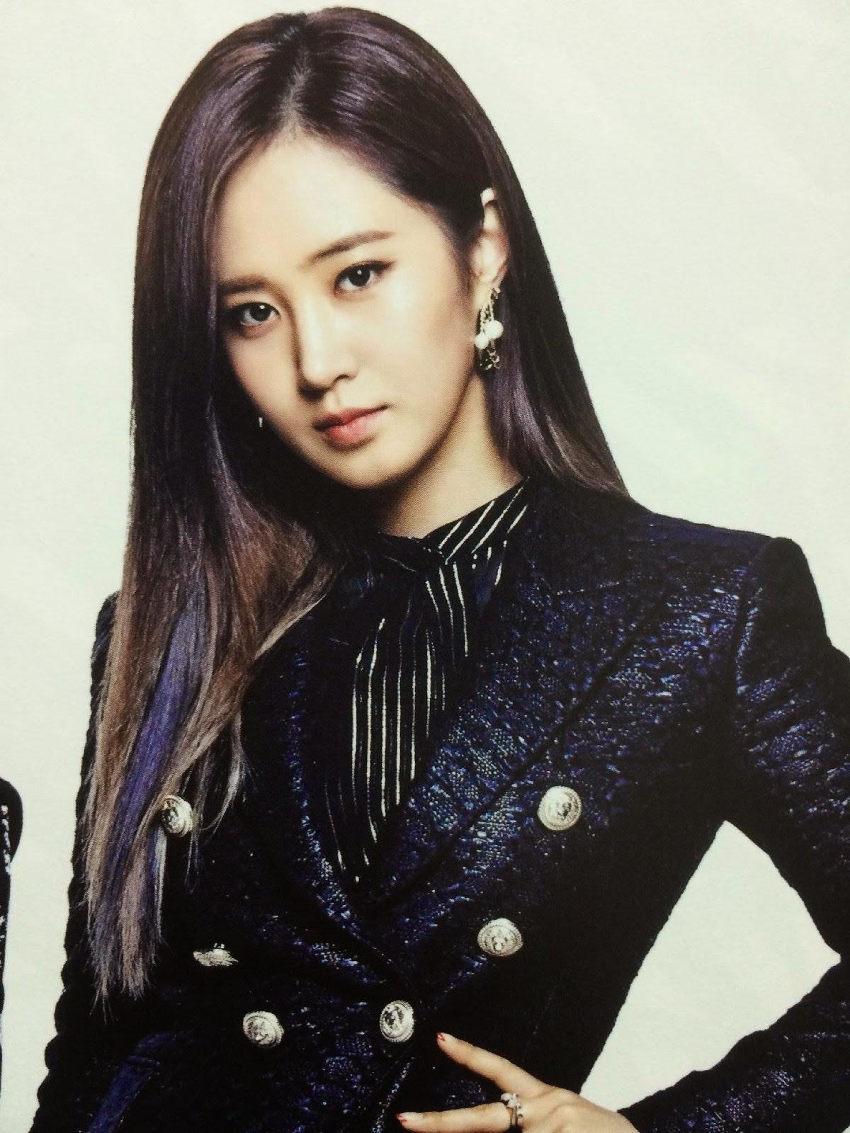 SNSD Yuri (유리; ユリ) Girls Generation The Best Scan Photos