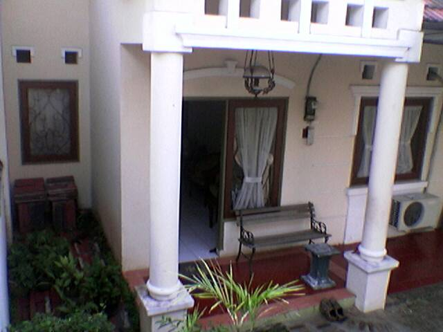 contoh teras rumah minimalis sederhana
