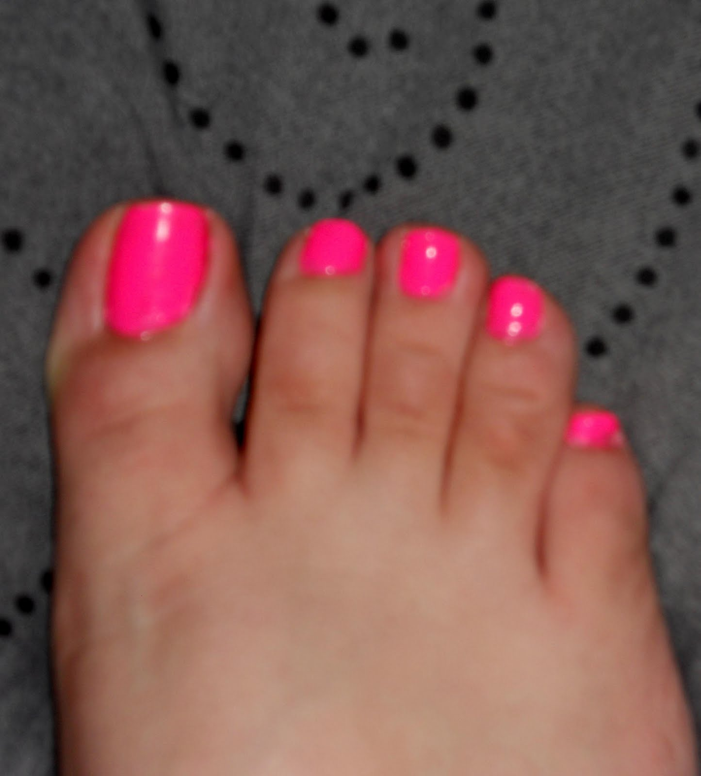 Red Nail Polish Toes: PurRceptiveVixXen: Sinful Colors=HOT PINK Toes