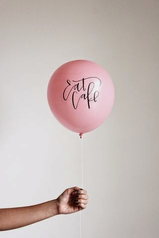 12 Party Ways To Use Calligraphy; balloon