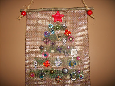 Christmas Craft: using mismatched earrings