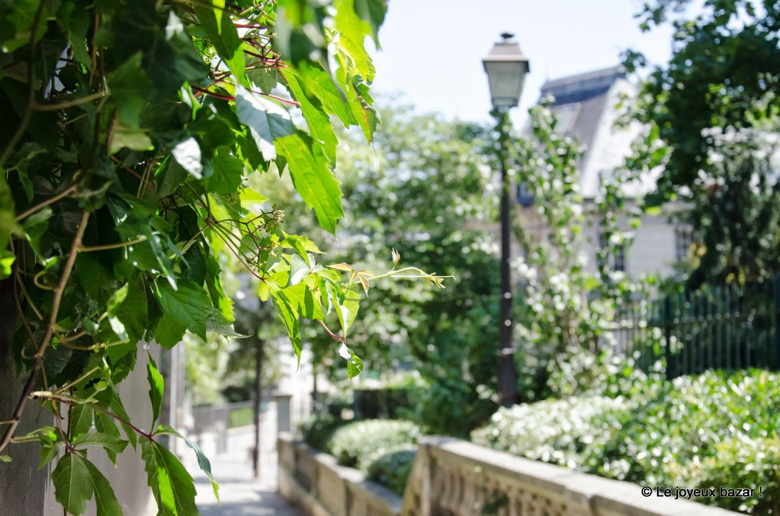 Paris - Montmartre - allée des Brouillards