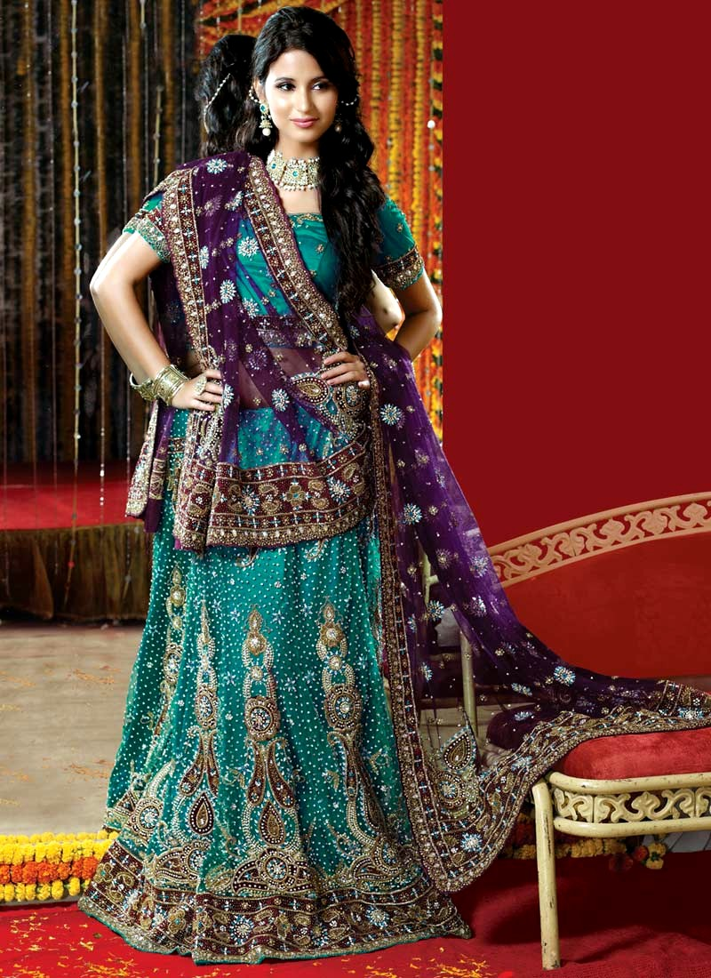 Indian bridal dress collection saree lehenga for Dresses to wear to a indian wedding
