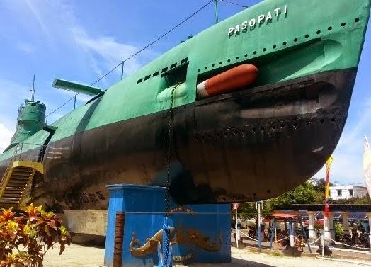Monumen Kapal Selam - Daftar 5 Tempat Wisata untuk Liburan di Surabaya