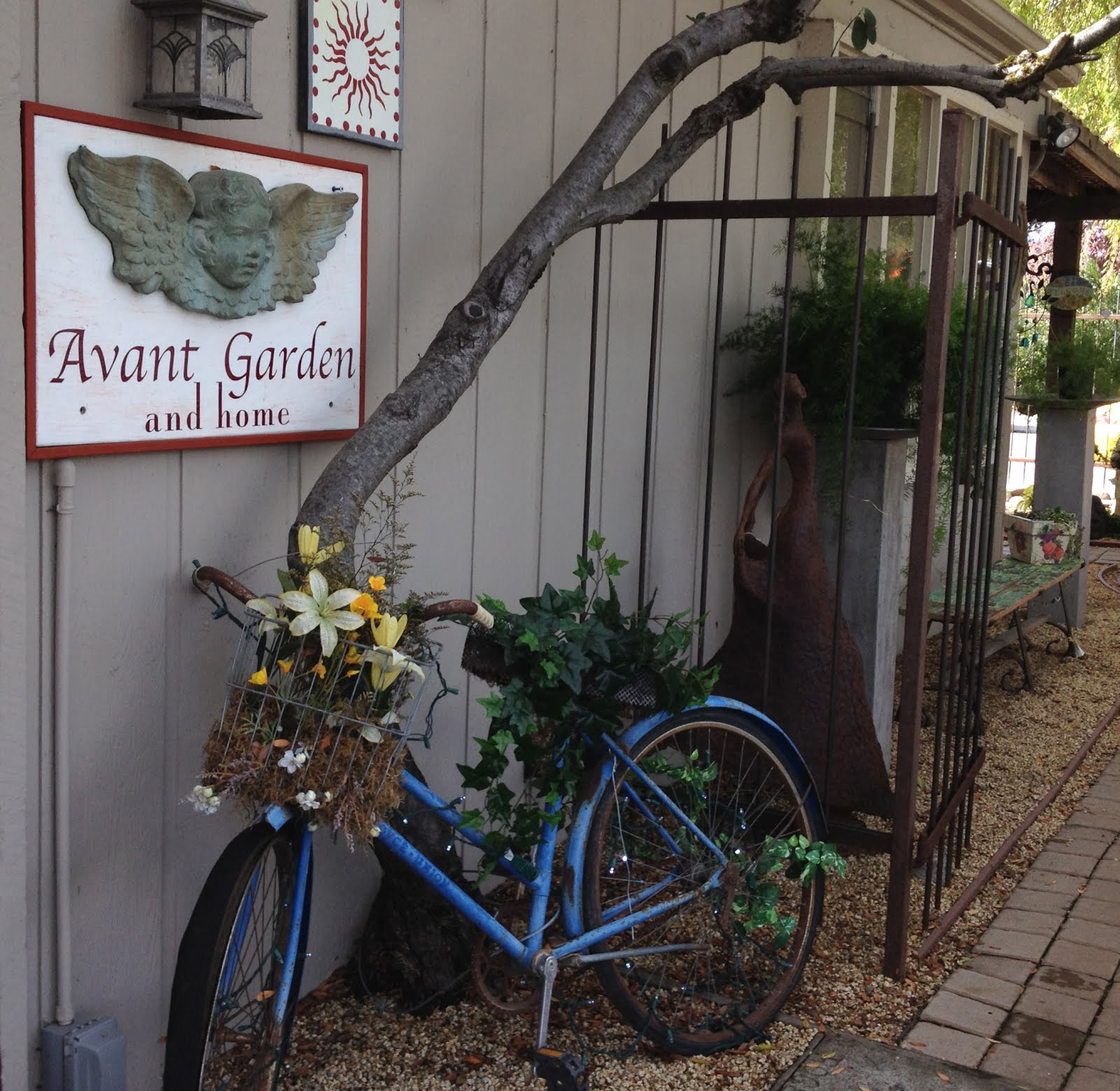 Experience Avant Garden And Home