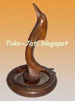 http://toko-jati.blogspot.com/2012/12/asbak-rokok-unik-kayu-jati.html