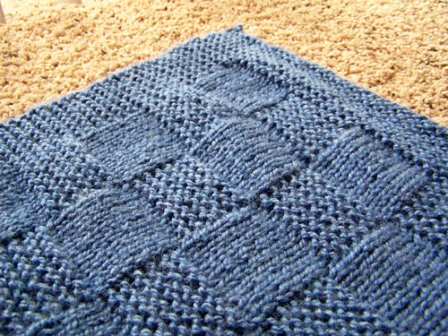 Little Bit of Life: FK: Basket Weave Baby Blanket / The Curse of the Baby Kni...