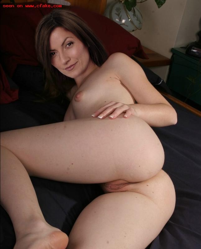 amateur girls strip