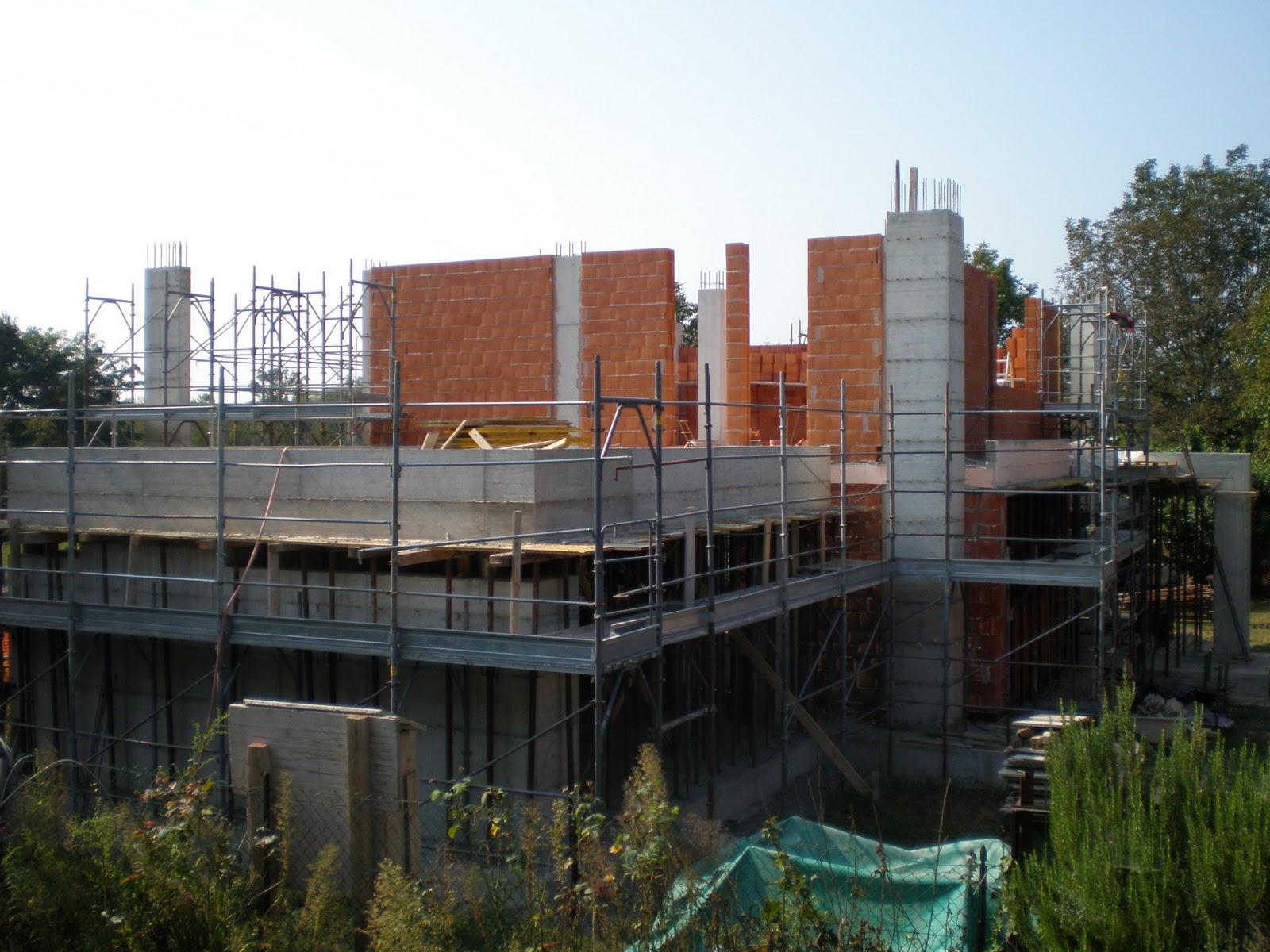 Pilastri e muri piano primo costruire casa for 1 5 piani casa piani