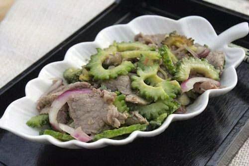 Vietnamese Food - Thịt Bò Xào Khổ Qua