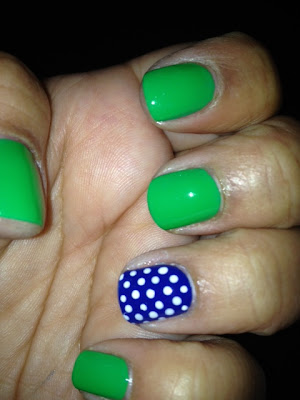 blue green nail design
