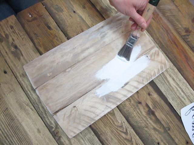 cartel madera reciclada, pintada con chalk paint