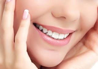 Tips Sederhana Cerahkan Bibir Dengan Mudah