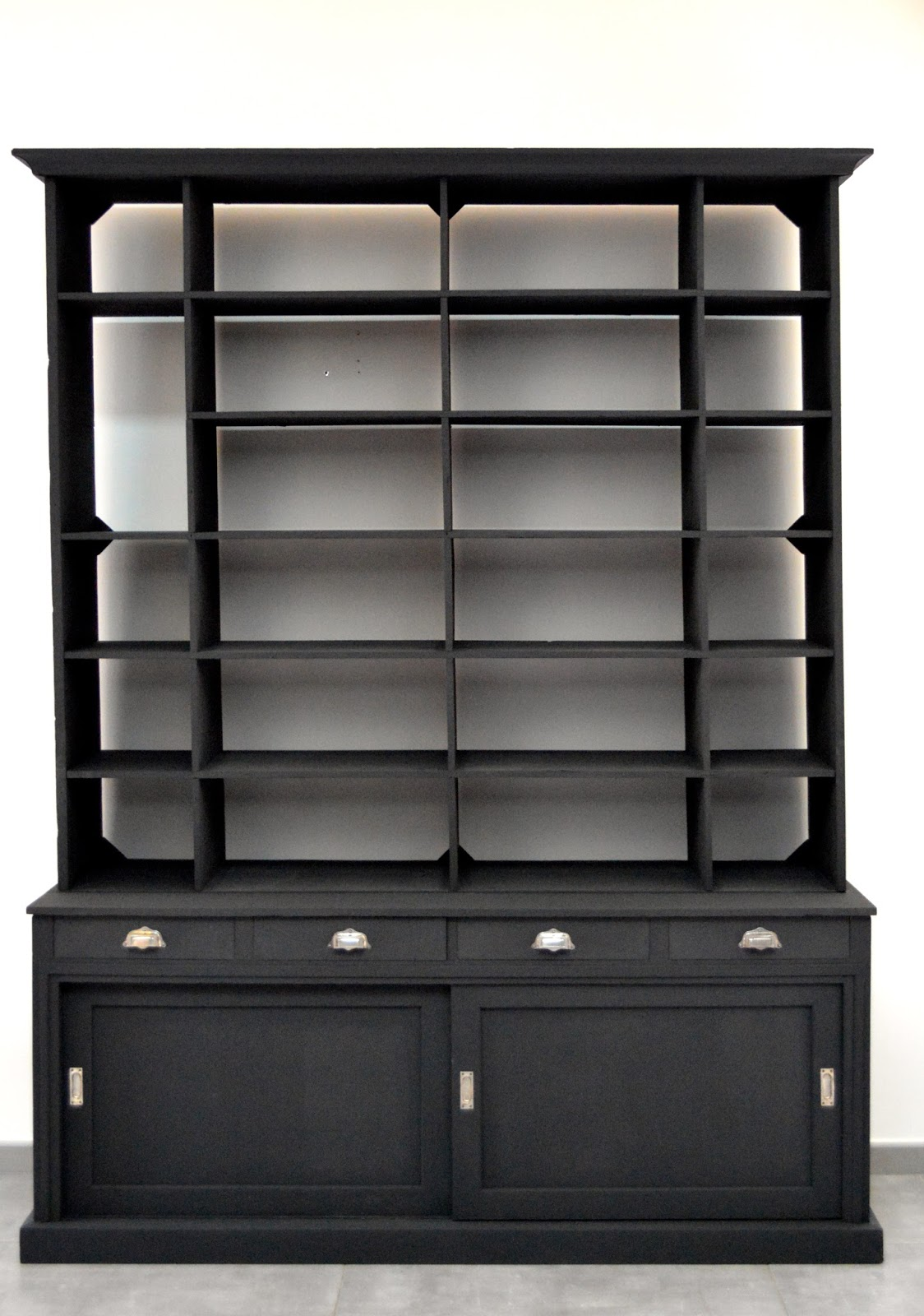 le beau est mien meuble de m tier. Black Bedroom Furniture Sets. Home Design Ideas