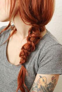 Gaya rambut simpul jalin mewah