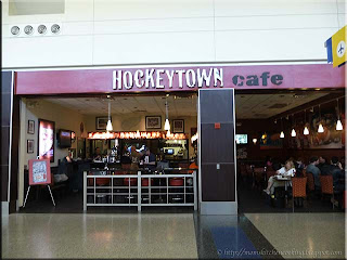 Hockeytown Cafe in Detroit Metro Airport