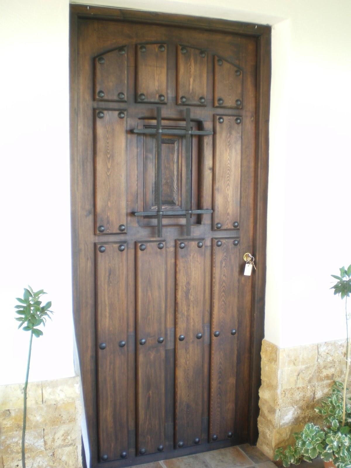 Carpinter a juan ruiz puertas r sticas entrada - Puertas de entrada de madera rusticas ...