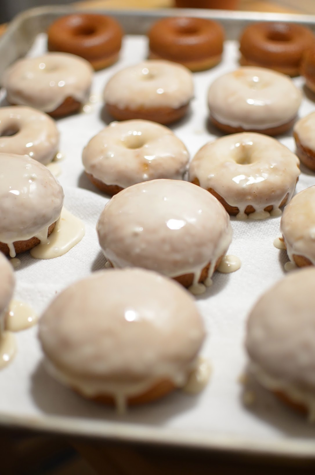 Cooking with Carlina, DIY donuts, baking donuts, Williams-Sonoma donut mix, Williams-Sonoma Salted Maple donuts, donut pan, donuts for the holidays, how to make your own donuts
